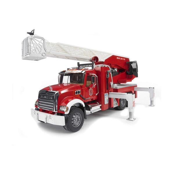 Camión de Bomberos Mack con Escalera y Depósito de Agua – Ref. Bruder 2821 - 1