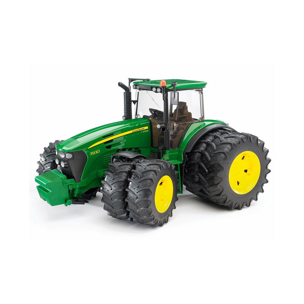 Tractor John Deere 7930 con doble rueda – Ref. Bruder 3052